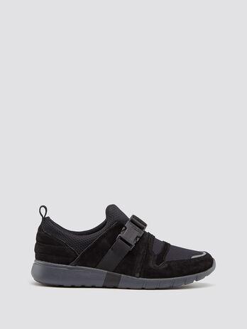 Neoprene running sneakers with buckle