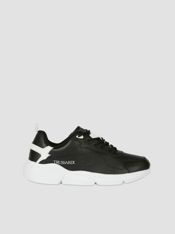 Leather low top Tuia running shoes