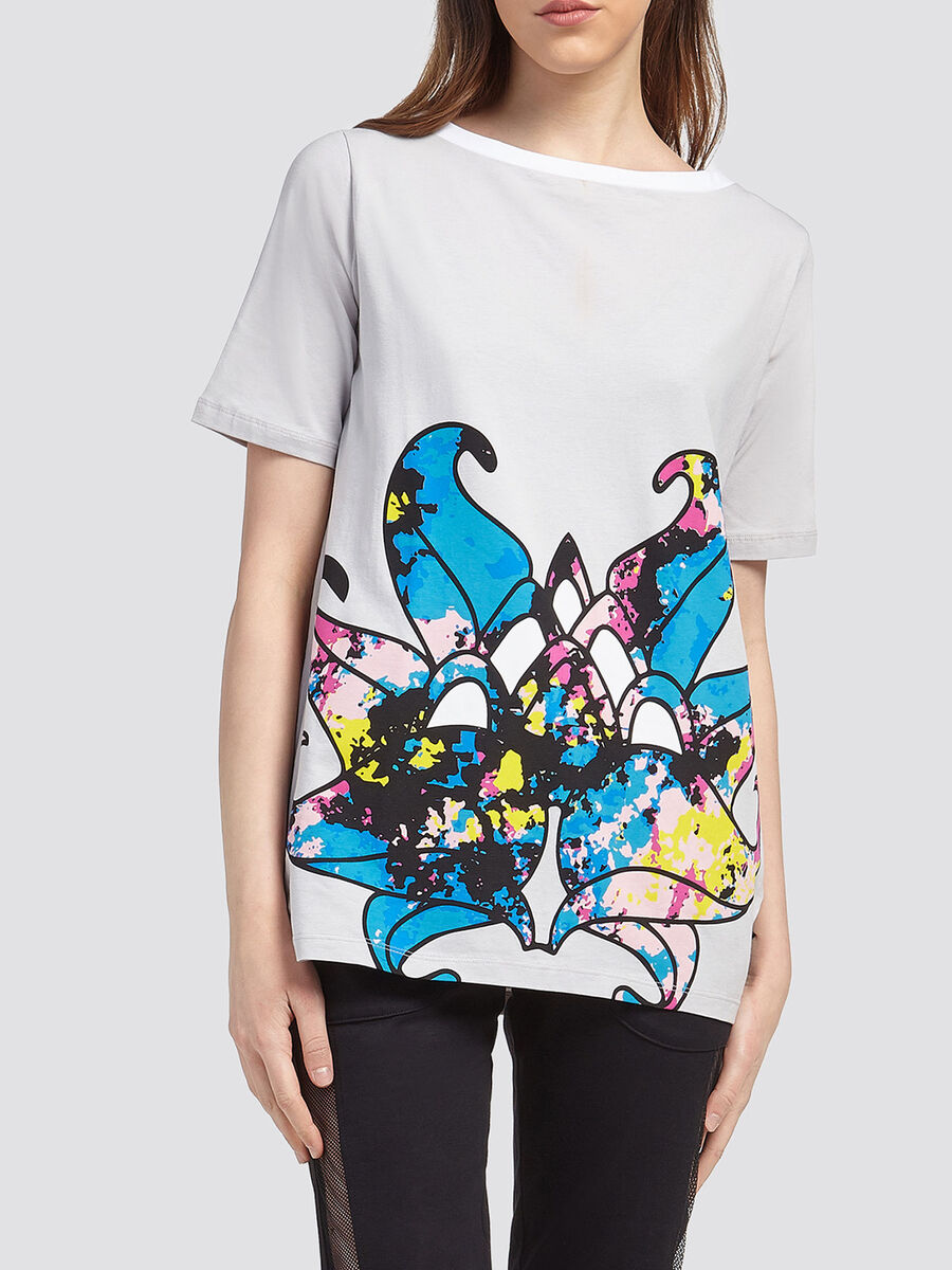 Boat neck T shirt with floral print