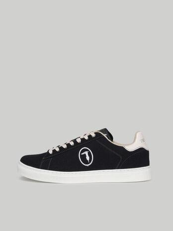 Sneaker Danus aus Veloursleder mit Monogram-Stickerei