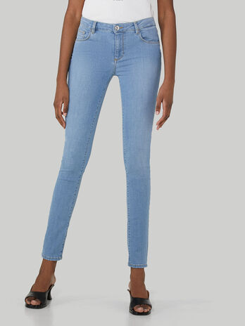Regular-fit 260 jeans in soft cross denim