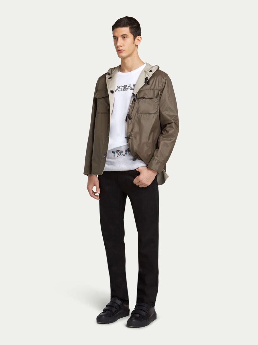 Veste bicolore a capuche et poches