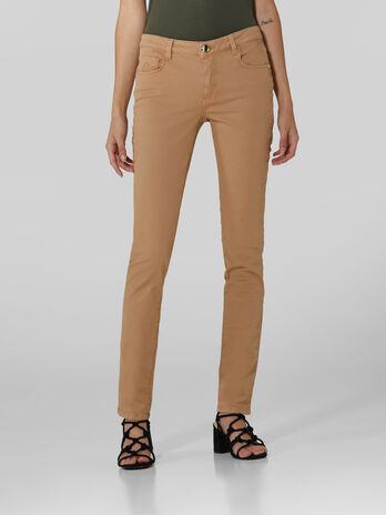 Pantalon 260 regular de gabardina superelastica