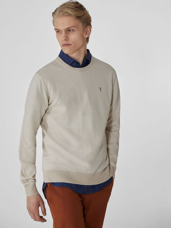 Light cotton crew-neck pullover