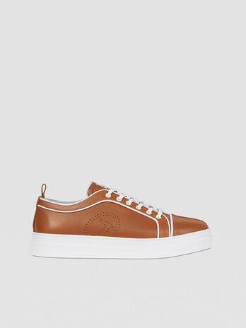 Sneakers en cuir avec detail monogramme