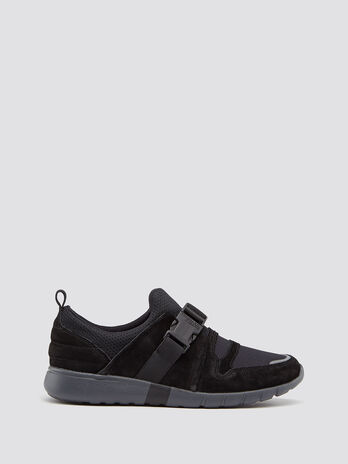 Neoprene running sneakers with buckle