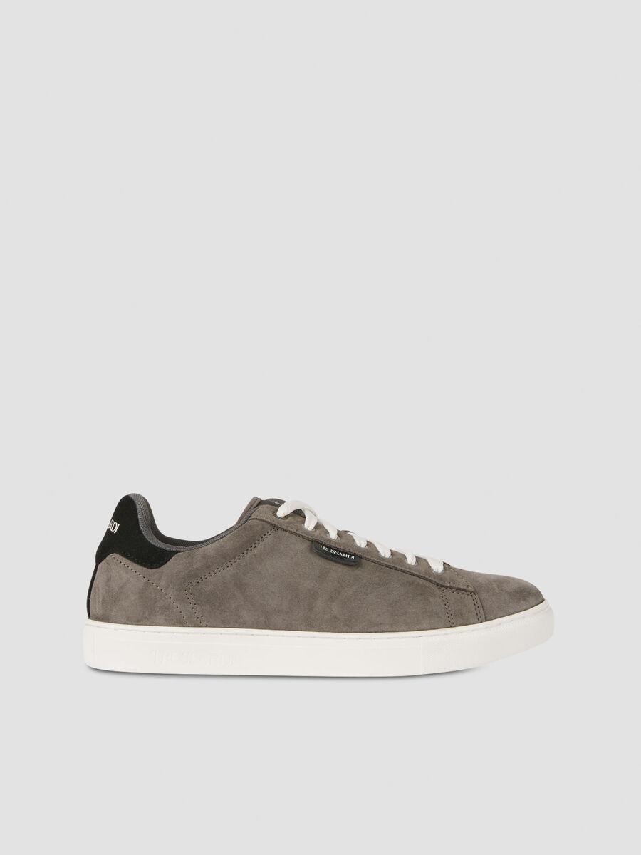 Suede low top sneakers
