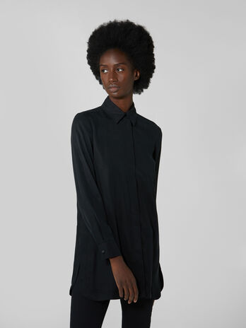 Lyocell shirt with side slits