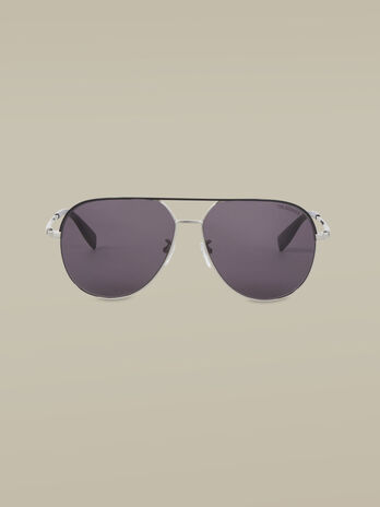 Aviator sunglasses in silver titanium