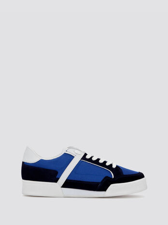 Sneakers with band effect inserts