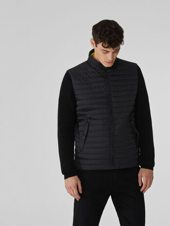 Compact nylon down jacket with high neck
