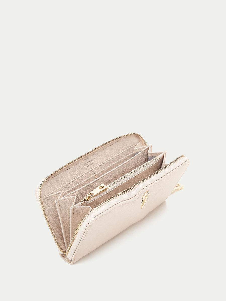 Lovy zip around wallet in leather
