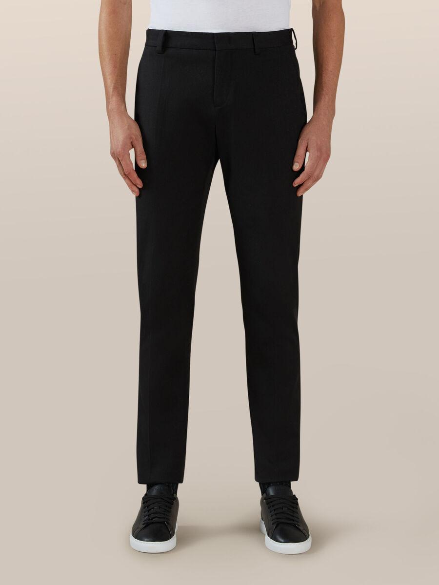 Pantalon chino coupe classique en coton confort