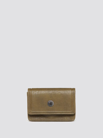 Card case with bark effect flap