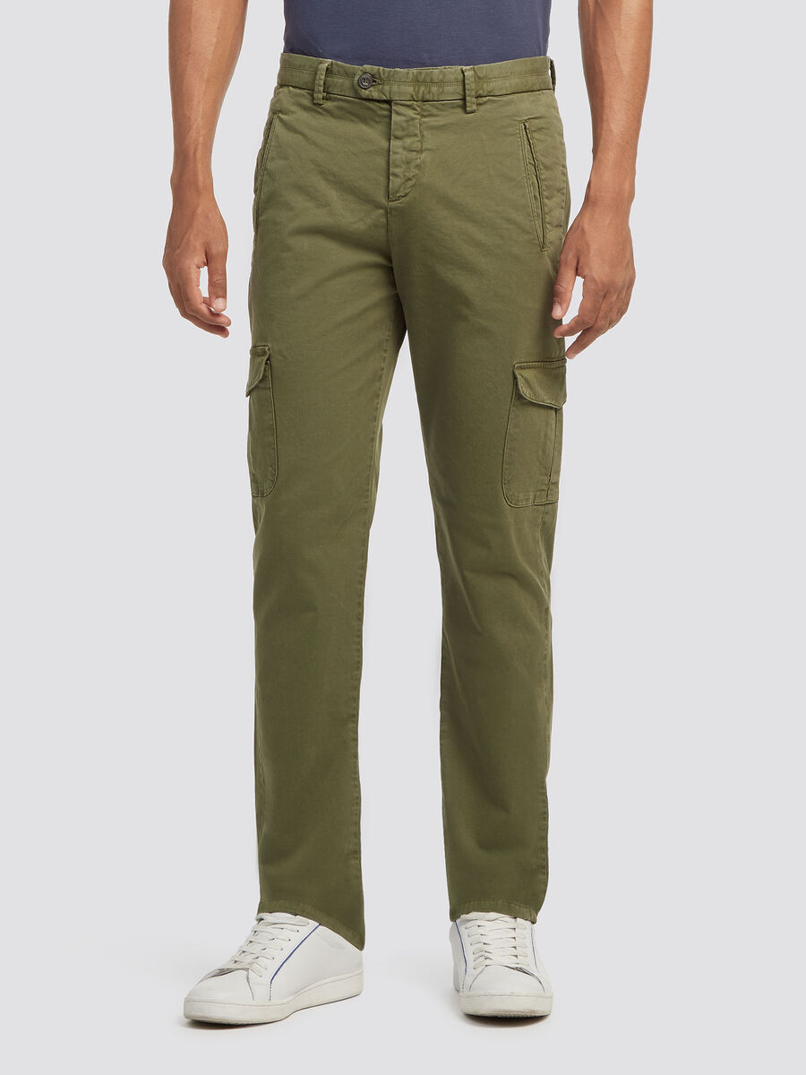 Multi pocket cargo trousers