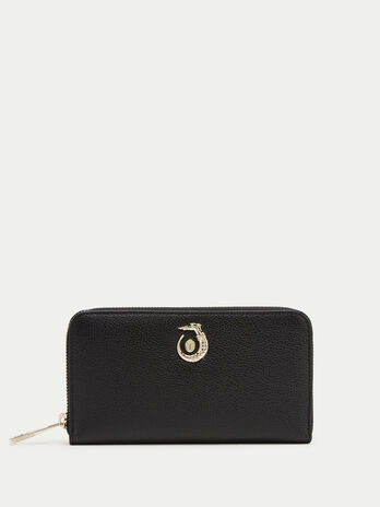 Lovy zip around wallet in leather