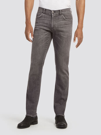 Five pocket stonewashed jeans