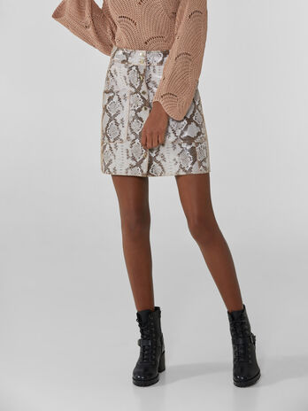 Miniskirt with python print