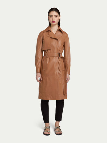 Trench regular fit in pelle con zip e cintura 3835f0b44b9