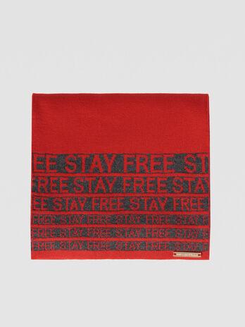 Wool blend Stay Free scarf
