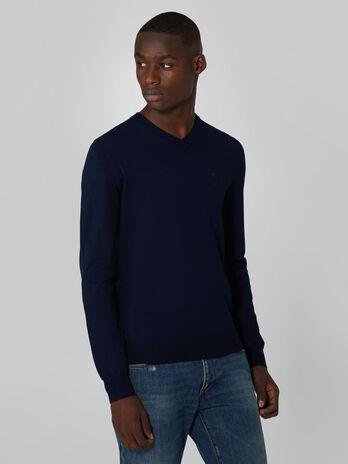 Slim fit stretch viscose V neck pullover