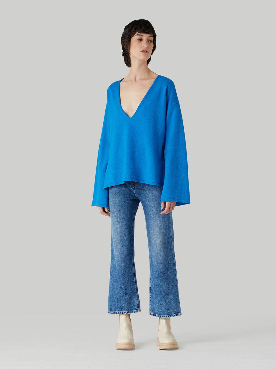 Wide-leg soft rigid denim jeans