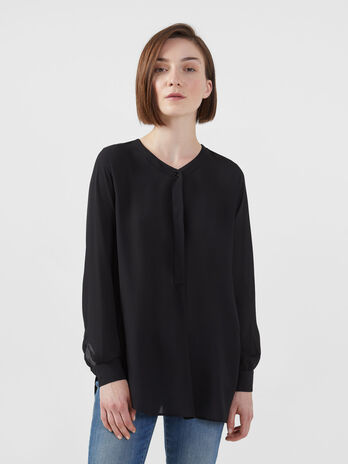 Blusa in georgette double con spacchi laterali