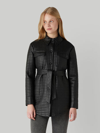 Quilted jacket with belt