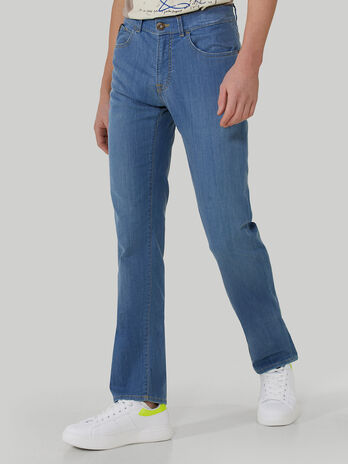 Icon 380 jeans in super-light denim