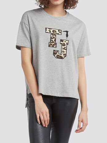 Melange T shirt with logo patch and asymmetrical hem