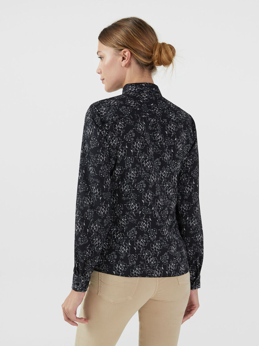 Hemdbluse aus Crepon mit Blumenprint