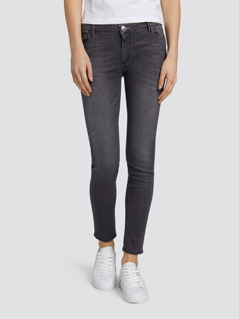 Jeans 206 super skinny basic in denim effetto delavato