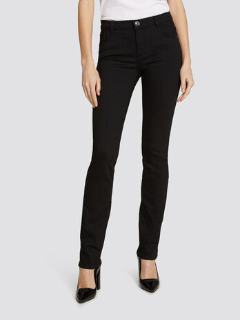 Classic 130 jeans in solid colour stretch power fabric