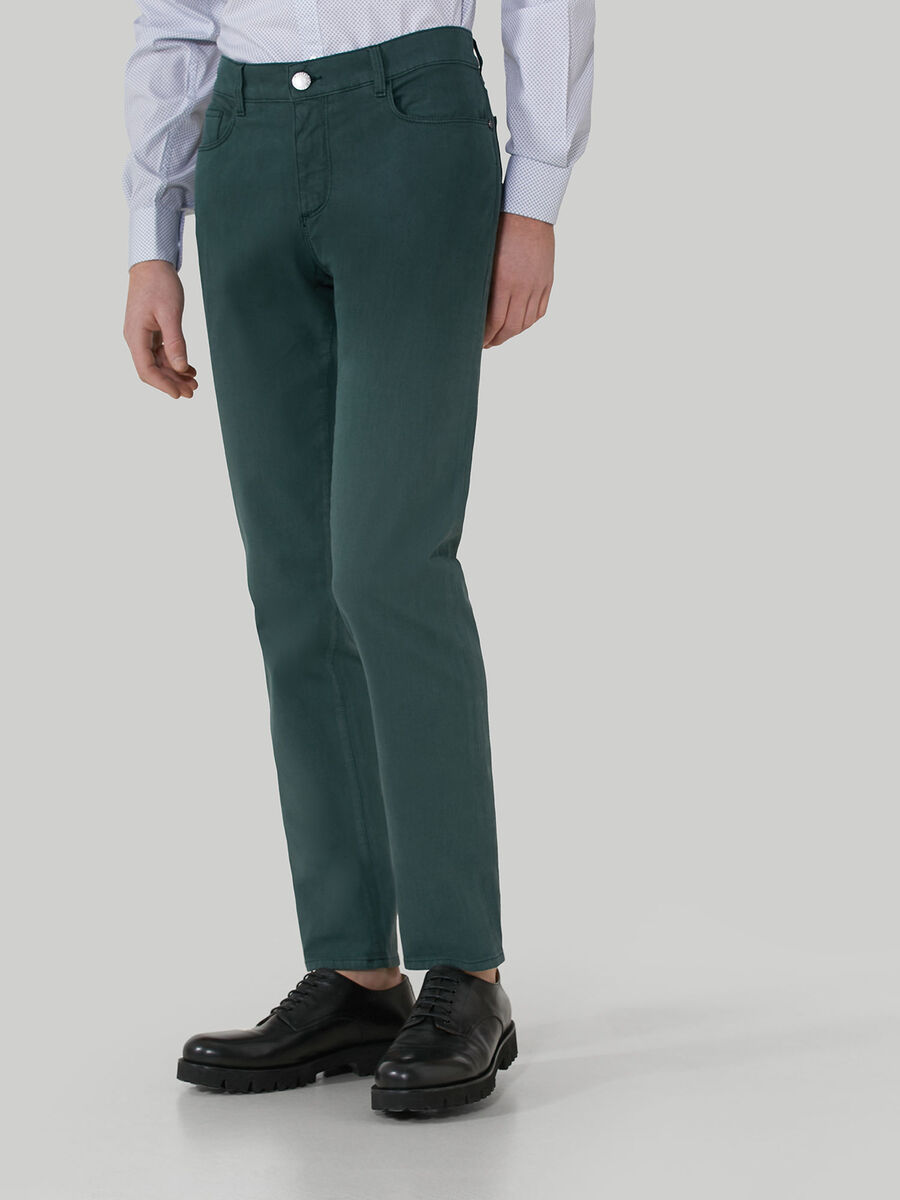 Close 370 trousers in textured cotton