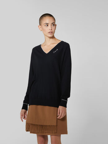 Cotton and silk V neck pullover