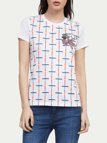 Criss crossing stripe T shirt with floral patch