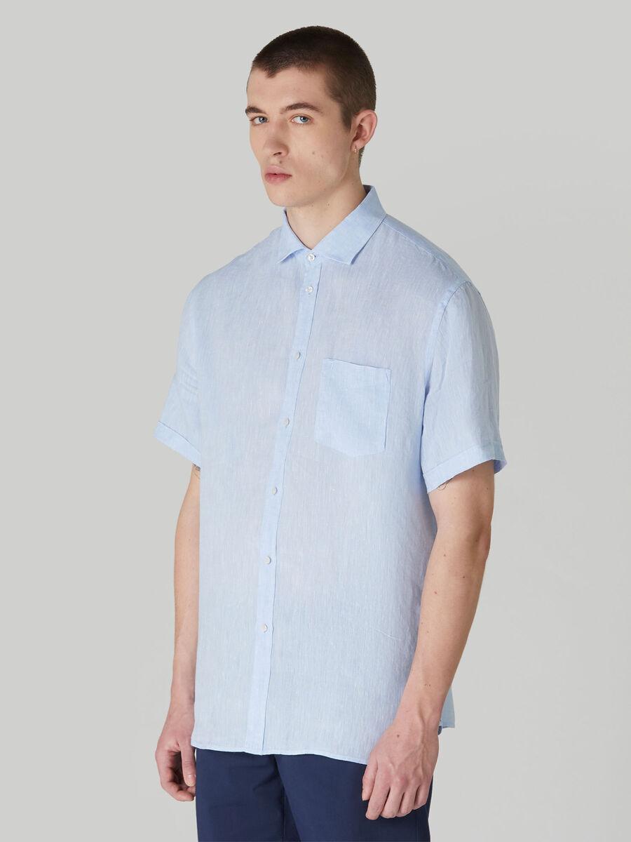 Camicia close fit in lino tinto filo