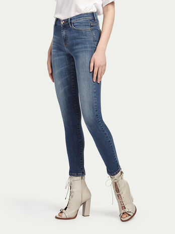 Super stonewashed stretch jeans