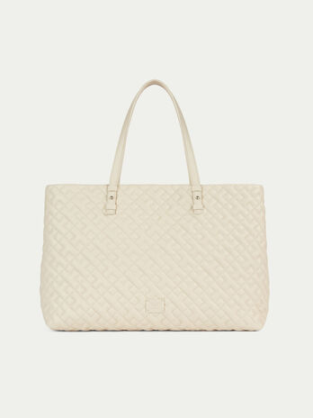 Large biker style shopping bag in quilted nappa
