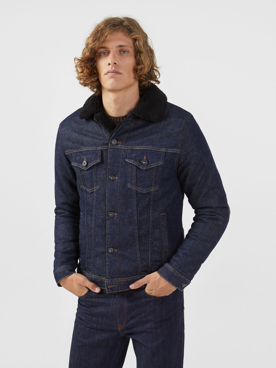 Denim jacket with contrasting fleece