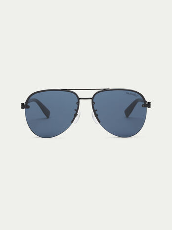 Sunglasses with flat lenses