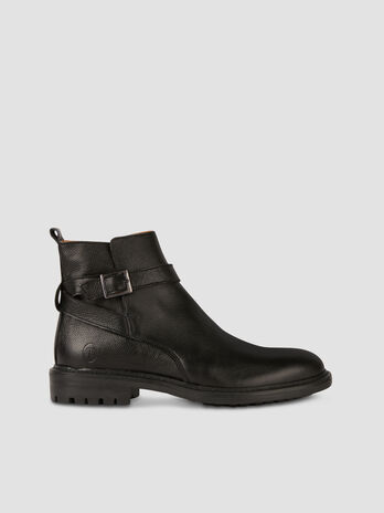Leather Beatle boots with strap