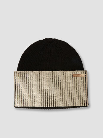 Coated wool blend hat with tag