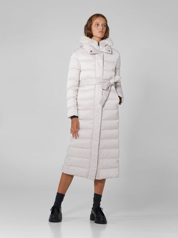 Long down jacket in quilted light nylon