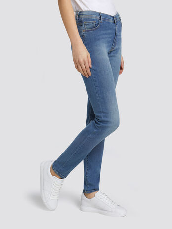 Jeans 105 Skinny Basic aus unifarbenem Denim