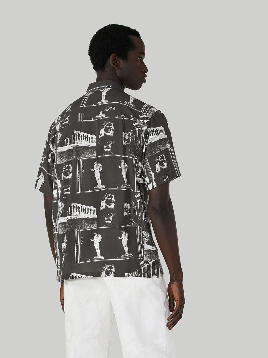 Relaxed-fit shirt in printed viscose