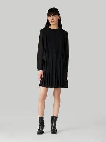 Short pleated georgette dress