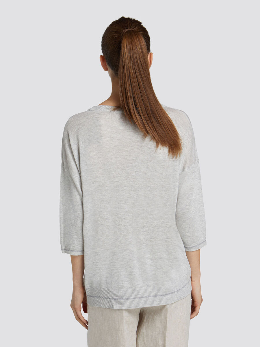 Oversized pullover in a viscose wool blend with piping