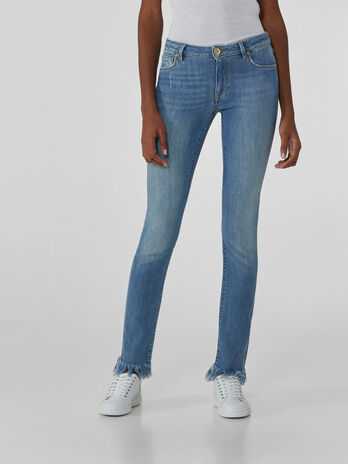 Cropped Fantasy 260 jeans in soft denim