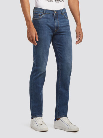 Icon fit faded stonewashed jeans